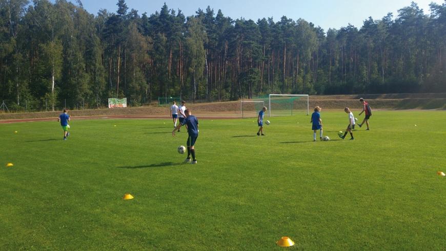 Obóz piłkarsko-siatkarski w Żerkowie