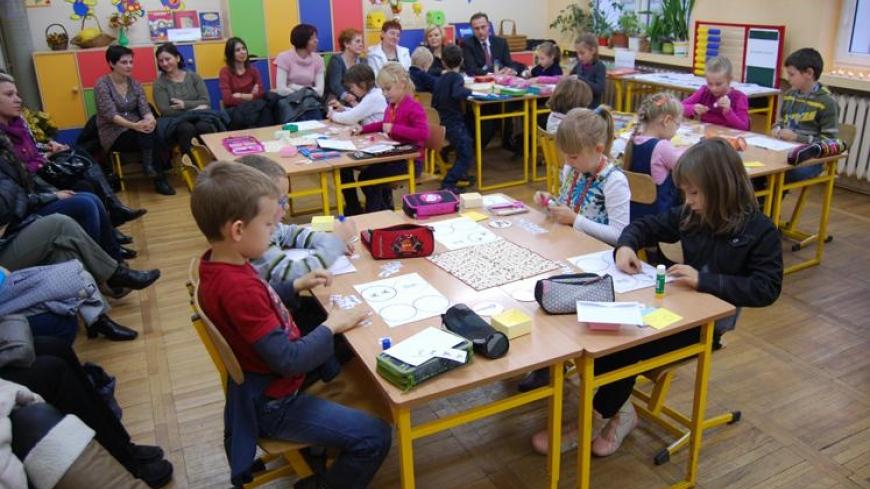 Lekcja matematyki dla rodziców w klasie Ib w Szkole Podstawowej w Nekli